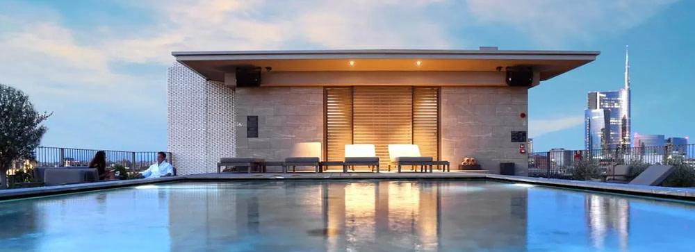 Hotel VIU MIlan piscina